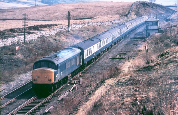 45064 ais gill 1982.jpg